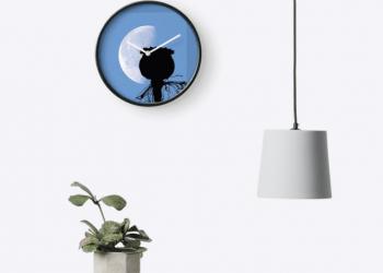 CLOCK-WALL-POD-MOON